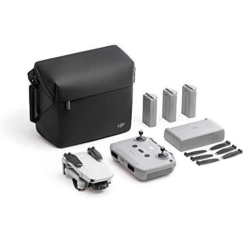 DJI Mini 2 Fly More Combo - Ultraleichter und faltbarer Drohnen-Quadkopter, 3-Achsen-Gimbal mit 4K-Kamera, 12MP Foto, 31 Minuten Flugzeit, OcuSync 2.0 HD-Videoübertragung, QuickShots mit DJI Fly App