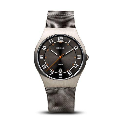 BERING Herren Analog Quarz Classic Collection Armbanduhr mit Edelstahl Armband und Saphirglas 11937-007
