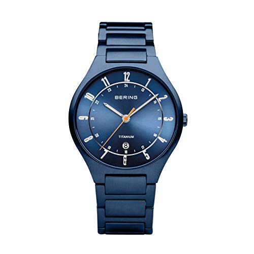 BERING Herren Analog Quarz Titanium Collection Armbanduhr mit Titan Armband und Saphirglas 11739-797