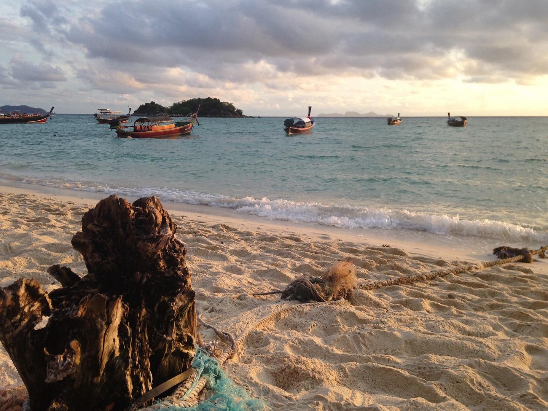 Koh Lipe: Beach Clean Ups sollen das Müllproblem in den Griff bekommen. Foto: Pixabay