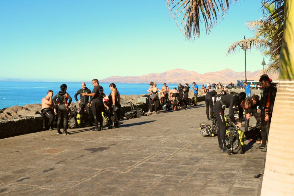 """Taucher-Festival"" am Playa Chica in Puerto del Carmen. Foto: S. Tegtmeyer"