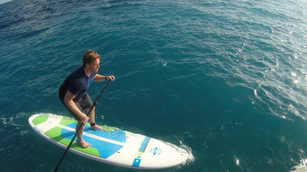 Auf der den Wellen zugewandten Seite der Insel kann das SUP sehr herausfordernd sein! Foto: Sascha Tegtmeyer