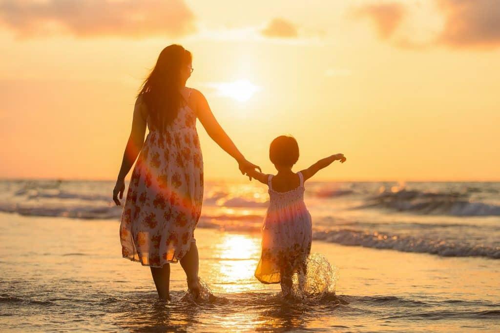 Familienurlaub: Wir geben Euch wertvolle Tipps und Tricks zu Reisezielen und Spartipps. Foto: Pixabay